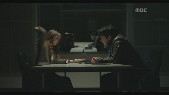 """""""이제 믿으시겠어요?""""…형사 설득 위해 극한 선택(진세연) [26회]"""